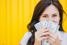 Зарабатывая деньги онлайн от перевода